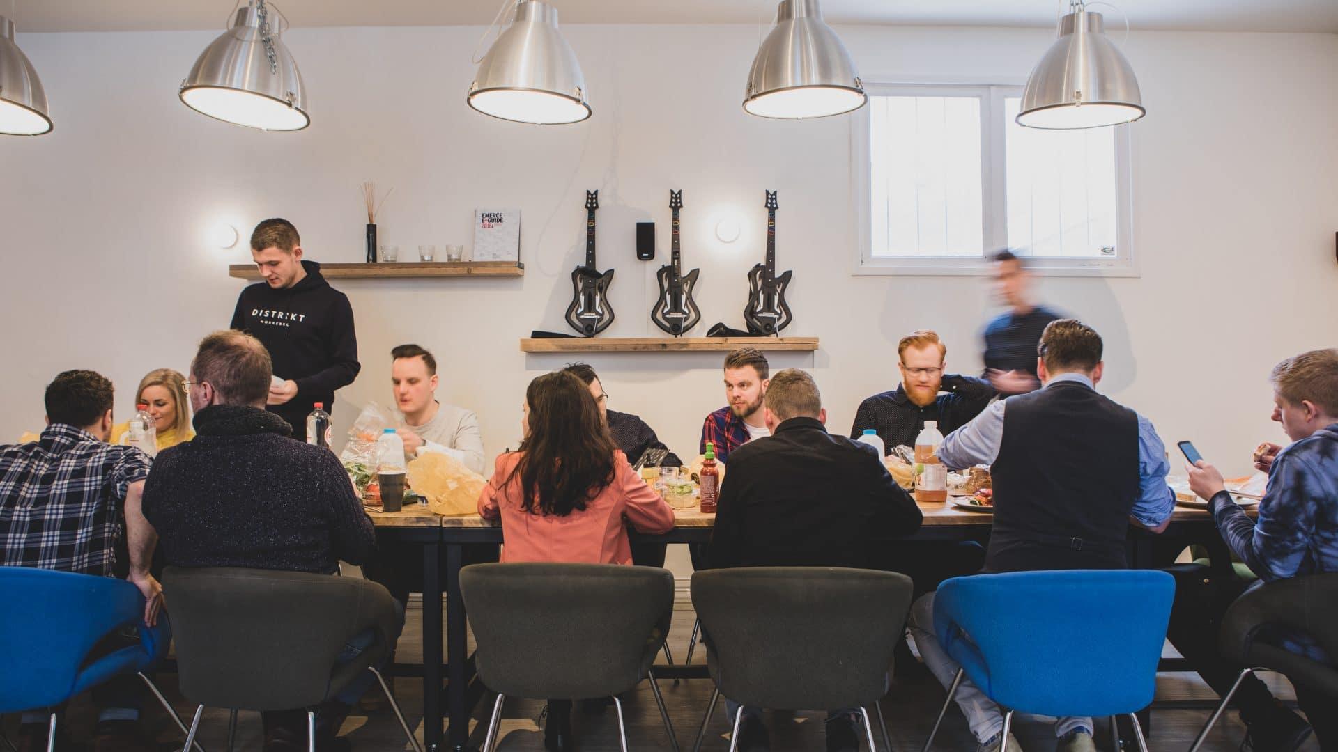 een kleinschalig en gezellig bureau met Magento specialisten